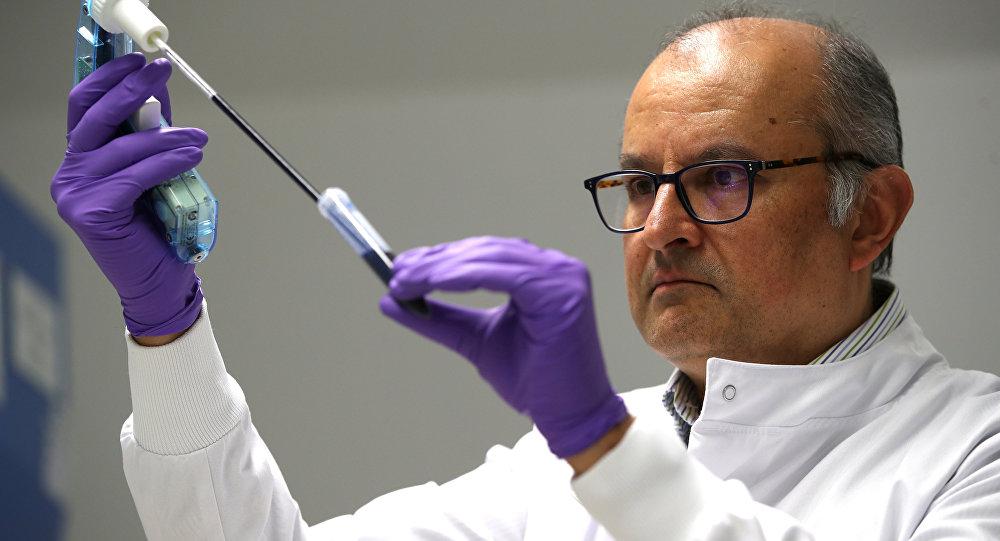 Moleküler Biyoloji Laboratuvarı kan testiyle kanser teşhisi