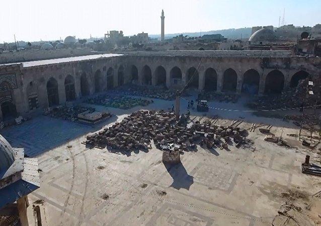 Halep'teki Emevi Camii'nin restorasyonu tam hız devam ediyor