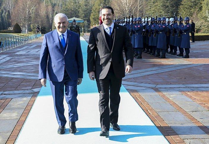 Başbakan Yıldırım, baş başa ve heyetler arası görüşmelerin ardından Hariri onuruna Çankaya Köşkü'nde öğle yemeği verecek.