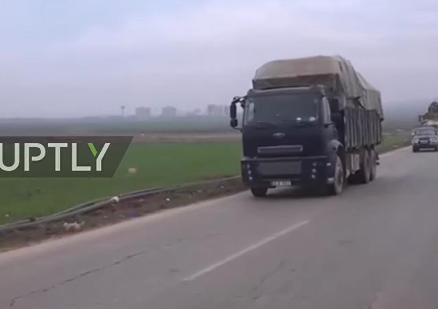 TSK'nın askeri konvoyu Halep'e böyle giriş yaptı