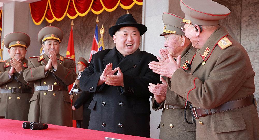 Kuzey Kore lideri Kim Jong-un, Pyeongchang Kış Olimpiyatları öncesi düzenlenen ordunun 70. kuruluş yıl dönümü kutlamasında