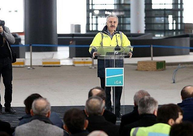 Ulaştırma Bakanı Ahmet Arslan, 3. havalimanında