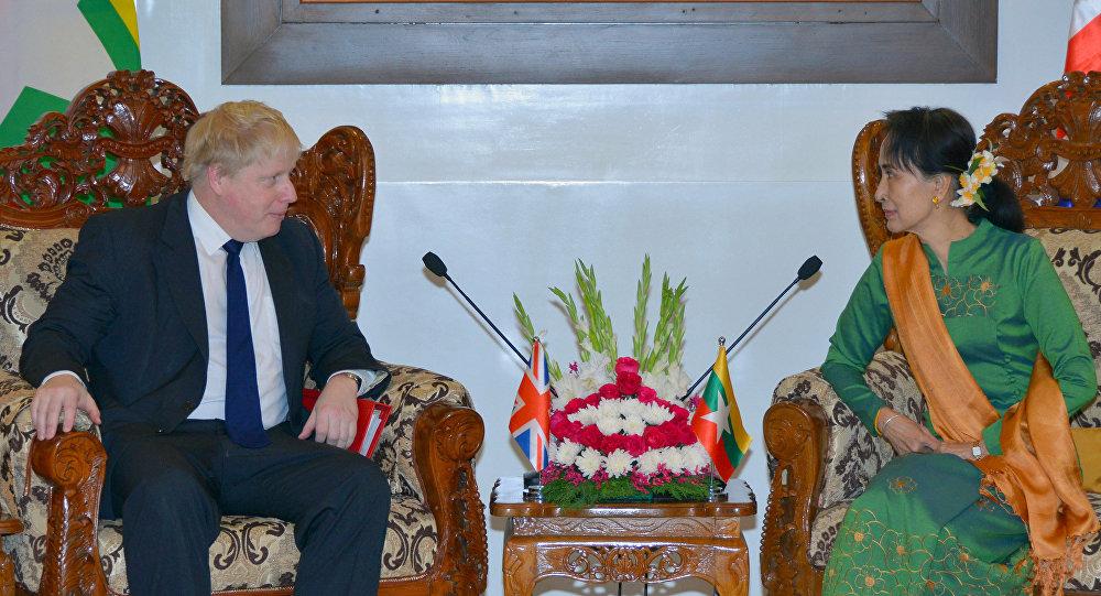 İngiltere Dışişleri Bakanı Johnson, Rohingya Devlet Başkanı Çii ile görüştü