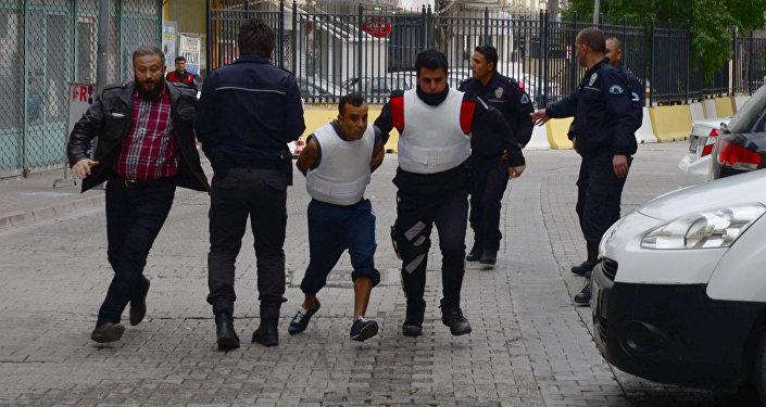 Silivride 4 çocuğa cinsel istismar: Şüpheliyi linçten polis kurtardı