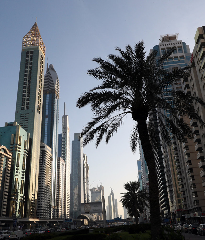 Gevora Oteli, Dubai