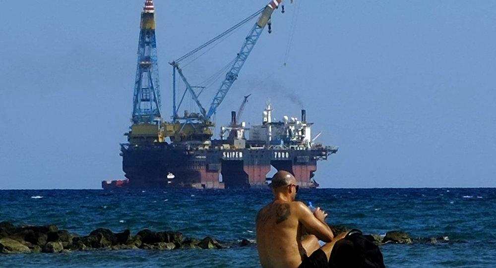 Kıbrıs-doğalgaz-sondaj platformu