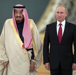 Rusya Devlet Başkanı Vladimir Putin, Suudi Kral Selman bin Abdülaziz el Suud