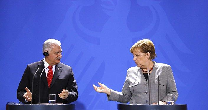 Berlin Merkel Yıldırım