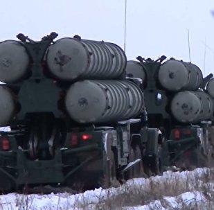 Rus uçaksavar birliklerinden S-300'lü taktik tatbikat