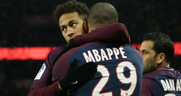PSG Neymar Mbappe