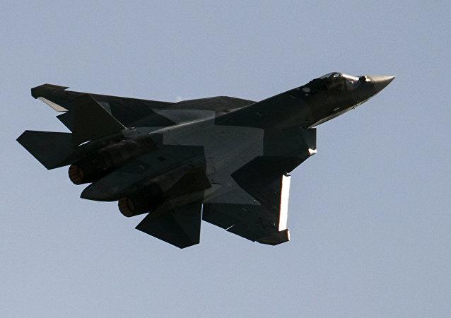 Rus Su-57 (Sukhoi T-50) Moskova Uluslararası Ordu Oyunları
