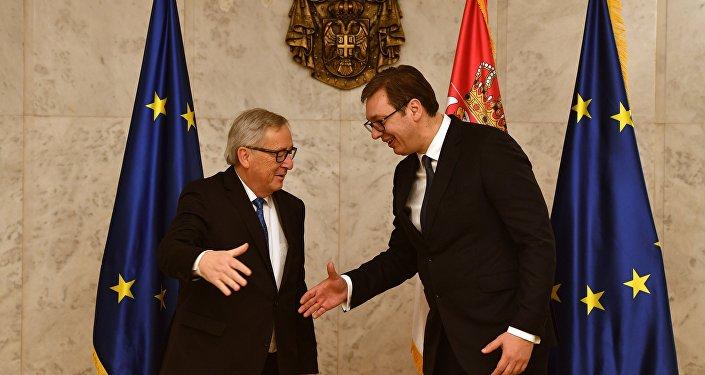Avrupa Birliği (AB) Komisyonu Başkanı Jean-Claude Juncker ile Sırbistan Cumhurbaşkanı Aleksandar Vucic