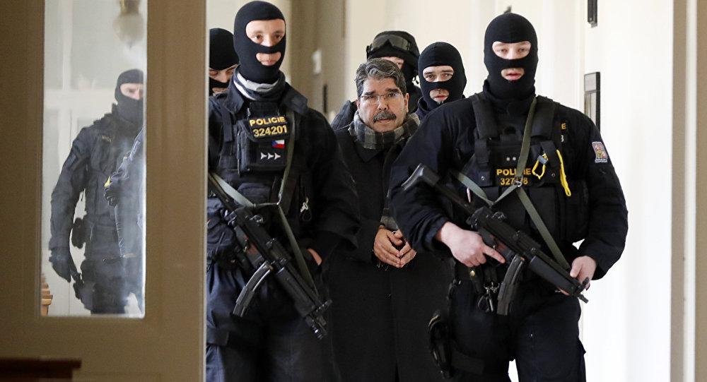 Salih Müslim, Çekya'da mahkemeye çıkarılıyor