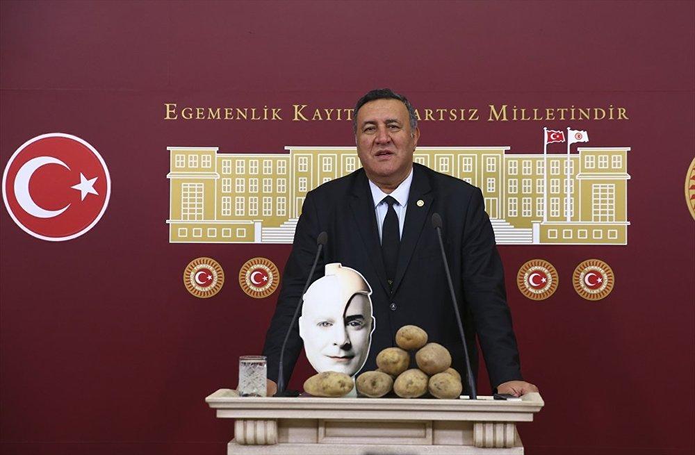 CHP Niğde Milletvekili Ömer Fethi Gürer,
