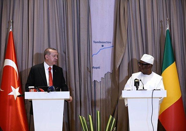 Cumhurbaşkanı Recep Tayyip Erdoğan, Mali Cumhurbaşkanı Kaita ile ortak basın toplantısı düzenledi