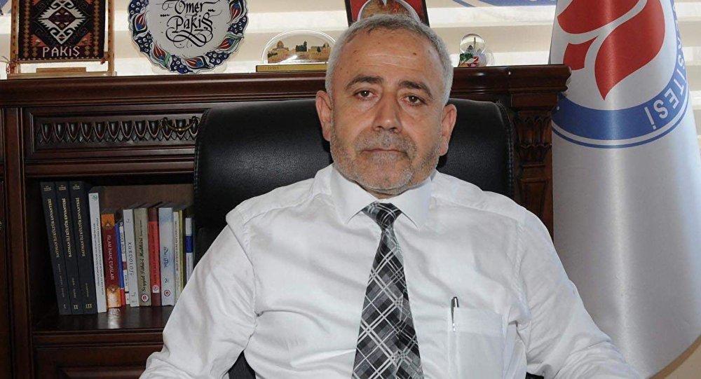 Hakkari Üniversitesi Rektörü Ömer Pakiş