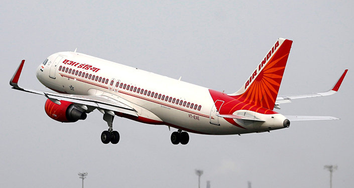 Air India (Hindistan Havayolları), Sardar Vallabhbhai Patel Uluslararası Havaalanı, Ahmedabad, Hindistan