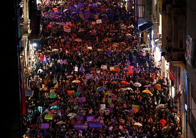 8 Mart 2018 Feminist Gece Yürüyüşü