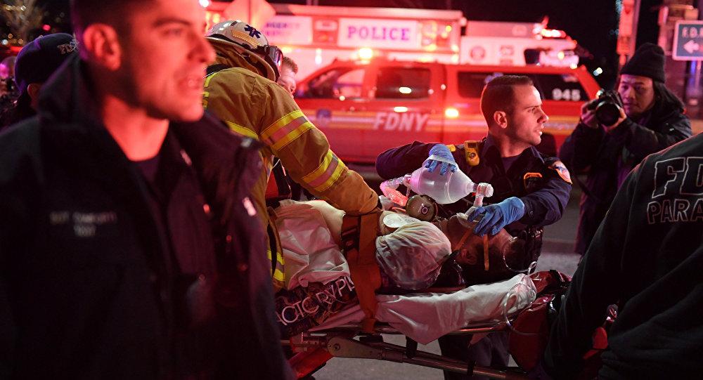 New York'ta helikopter düştü: 2 ölü