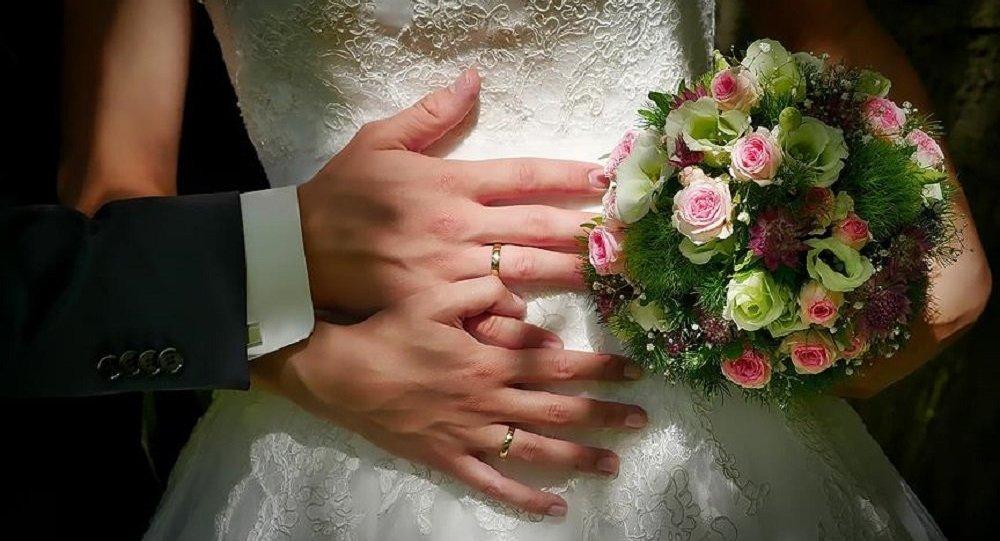 Yargıtay: Düğünde takılan tüm takı ve paralar kadında kalacak