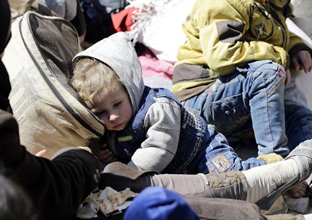 Doğu Guta'dan tahliye edilenler Şam'ın kuzeydoğusundaki Adra'ya nakledildi