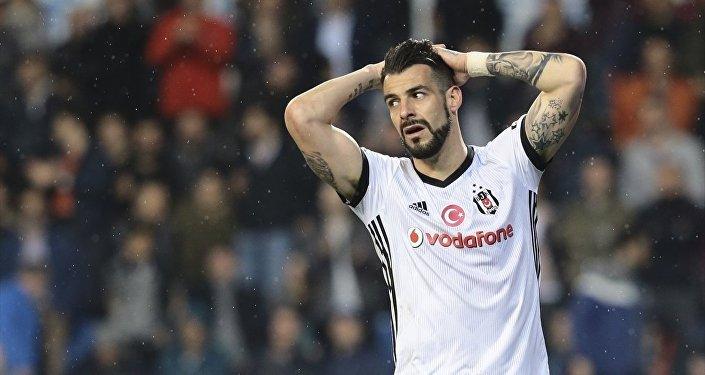 Beşiktaş-Alvaro Negredo