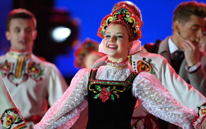 Moskova'da Kırım'ın Rusya'ya bağlanmasının yıldönümü nedeniyle düzenlenen konser