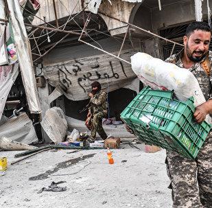 Afrin merkez ÖSO yağma
