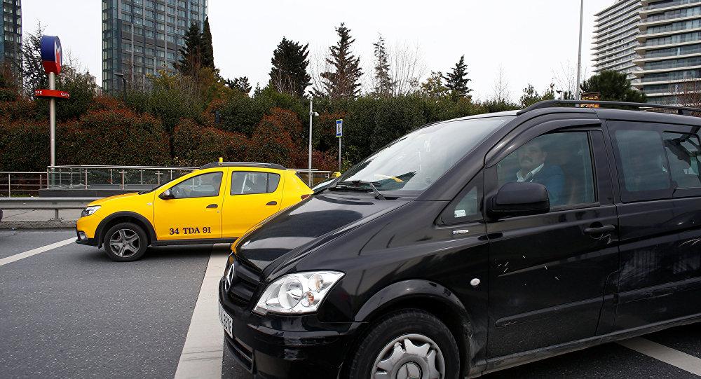Uber, taksi