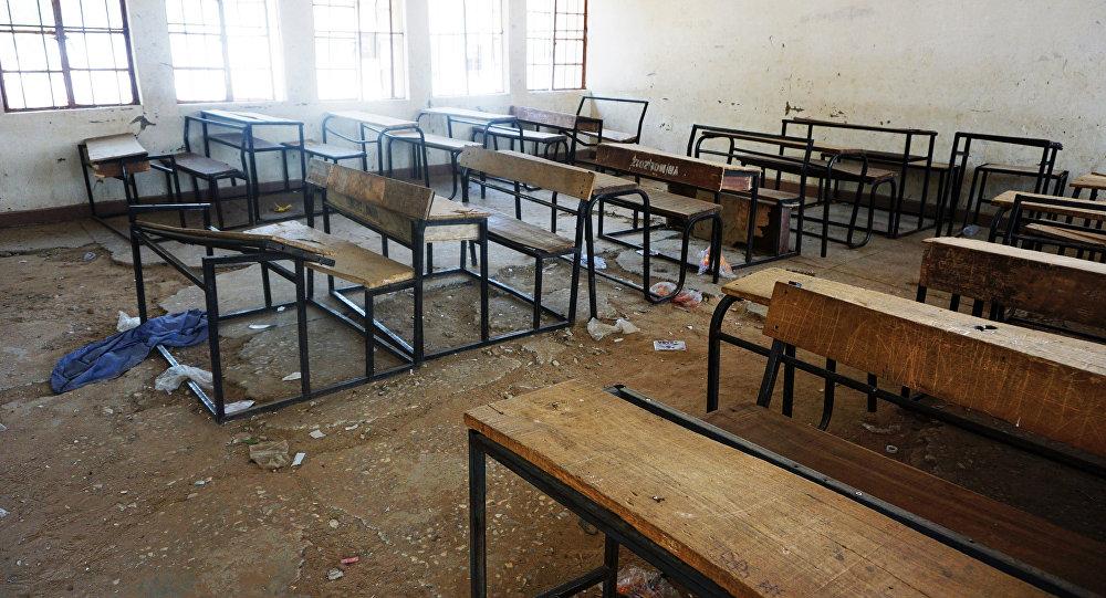 Boko Haram'ın 110 kız çocuğunu kaçırdığı okuldaki bir derslik