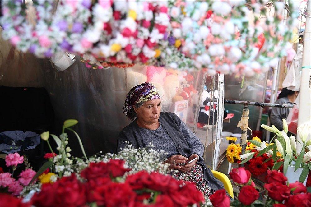Taksim çiçekçileri yeni yerine taşınacak