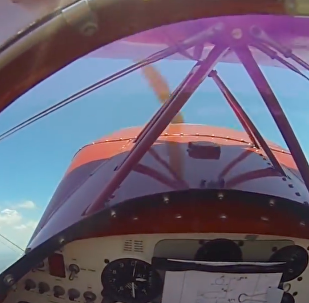 Yere birkaç metre kala uçağın motorunu yeniden çalıştırmayı başardı