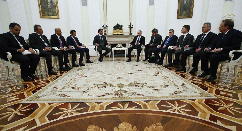 Rusya Devlet Başkanı Vladimir Putin- Katar Emiri Şeyh Temim bin Hamad el Sani