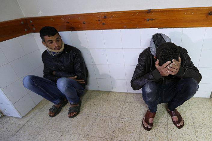 Ölen Filistinli Amr Samur'un yakınları