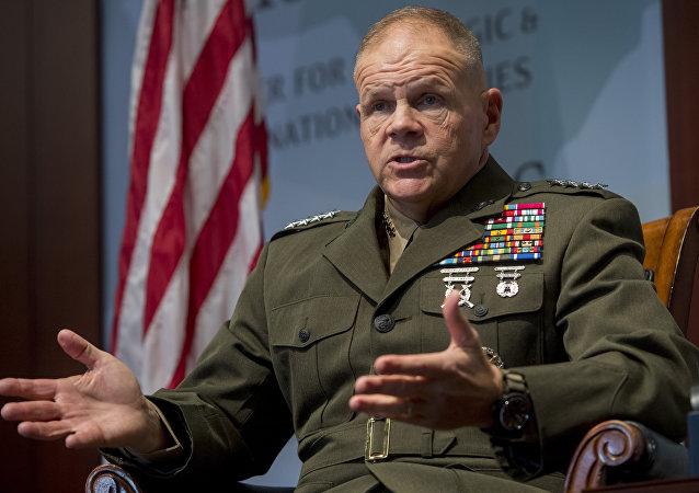 ABD Deniz Piyadeleri Komutanı Orgeneral Robert B. Neller