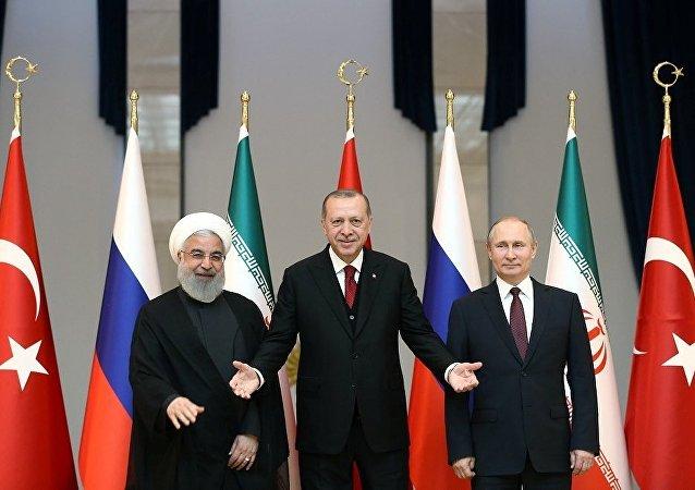 Erdoğan-Putin-Ruhani