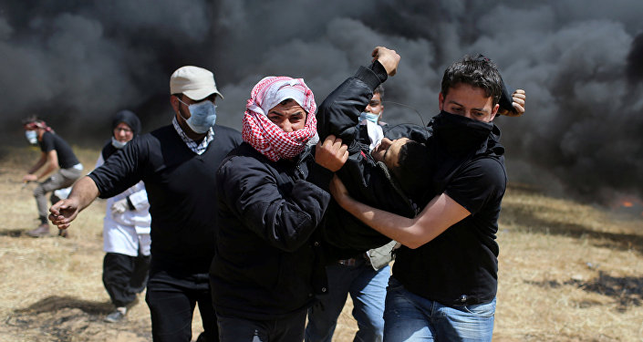 Gazze'de İsrail askerleri ateş açtı