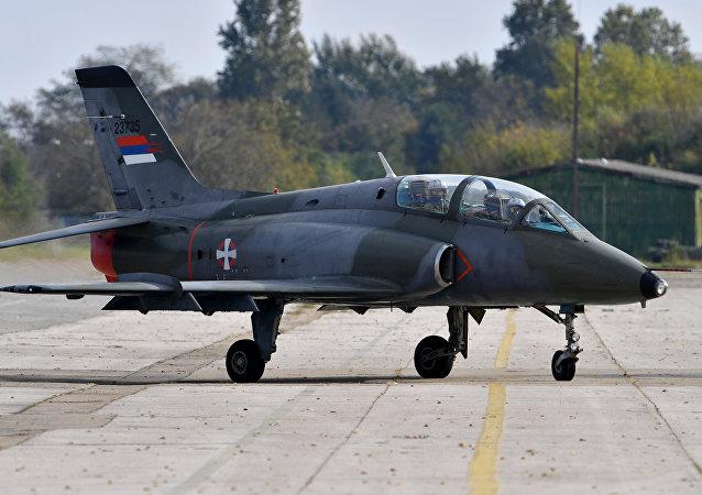 Sırbistan hava kuvvetlerine ait Super Galeb G-4 tipi savaş uçağı