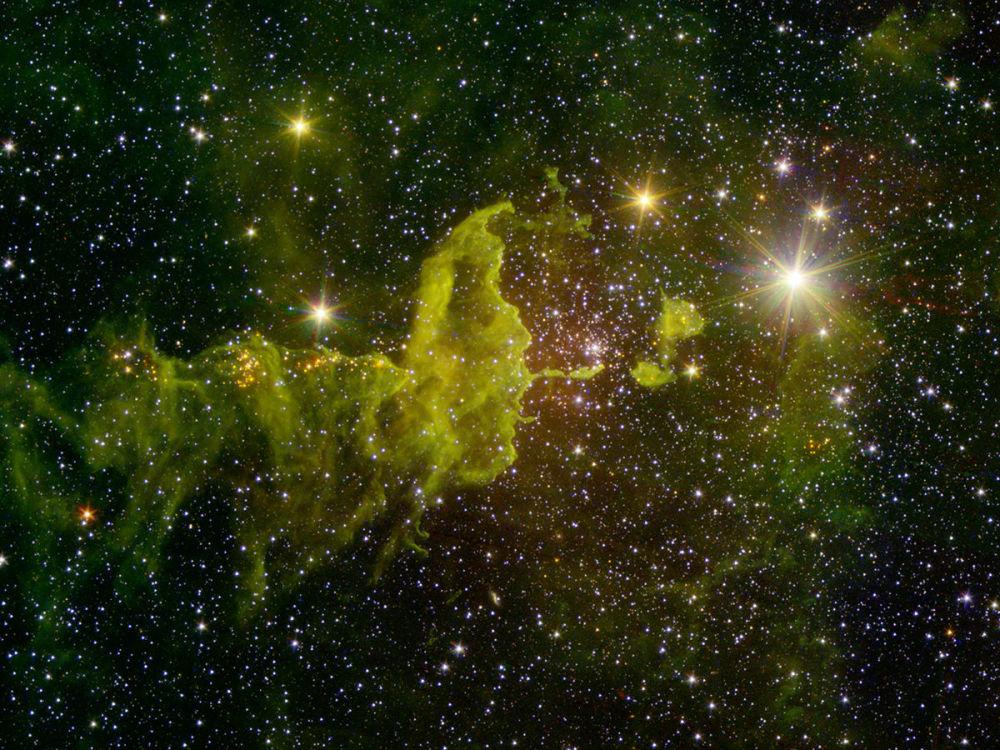Şekilleriyle şaşırtan uzaydaki gök cisimleri
