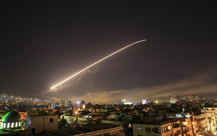 ABD, İngiltere ve Fransa Suriye'yi vurdu