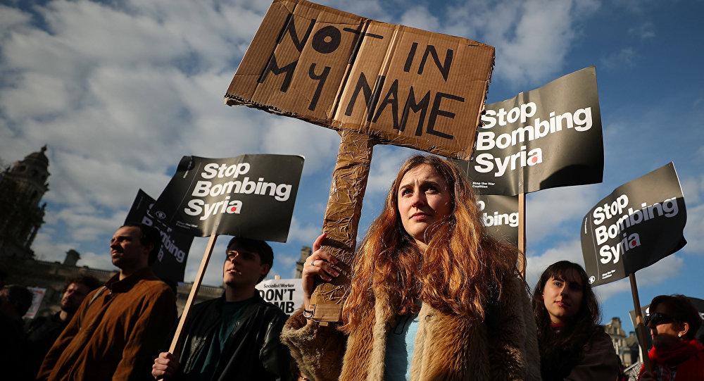 İngiltere'de savaş karşıtı protestolar