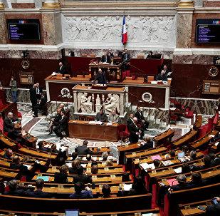 Fransa'da meclis Suriye operasyonunu tartıştı