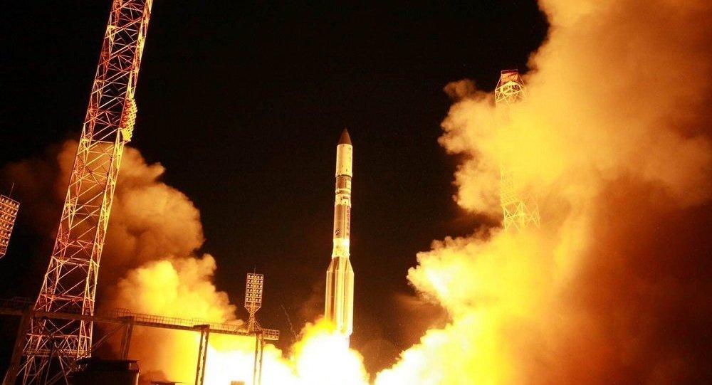 Rusya askeri uydu