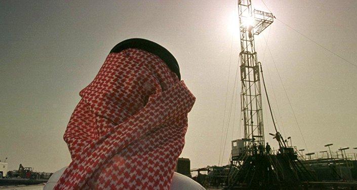 Suudi Arabistan devletinin petrol-gaz şirketi Aramco, Hovta petrol yatağı