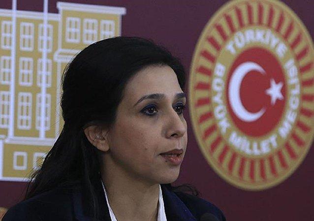 CHP İstanbul Milletvekili Gülay Yedekci