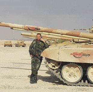 Doğu Kalamun'daki militanlar elindeki silahları Suriye ordusuna teslim etti