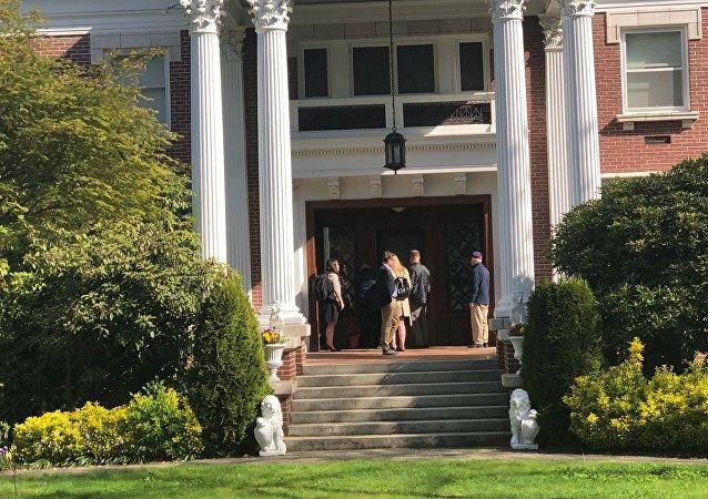 Seattle'de Rus konsolosun evine baskı