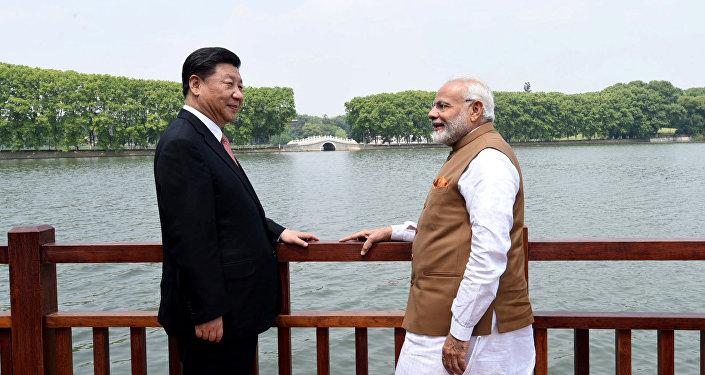 Hindistan Başbakanı Narendra Modi ve Çin Devlet Başkanı Şi Cinping