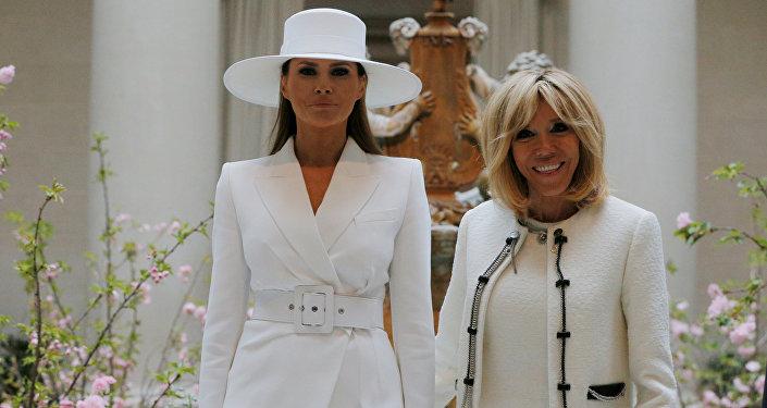 Melania Trump ve Brigitte Macron