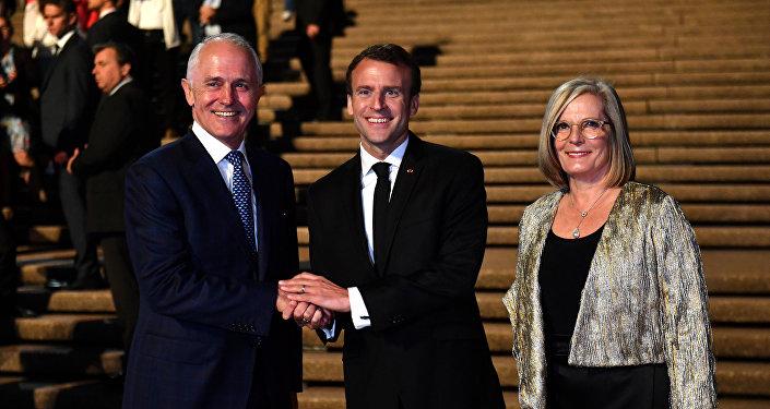 Fransa Cumhurbaşkanı Emmanuel Macron- Avustralya  Başbakanı Malcolm Turnbull ve eşi Lucy Turnbull
